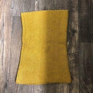 H&M tube scarf. Mustard yellow. Knit.